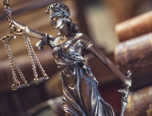 Wat stelt Vrouwe Justitia werkelijk voor?